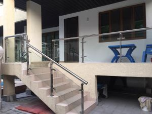 Hot Selling in Africa Market Outdoor Stainless Steel Glass Handrail pictures & photos