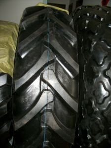 Agricultural Tyre Tractor Tyre (R-1) with DOT Certification pictures & photos