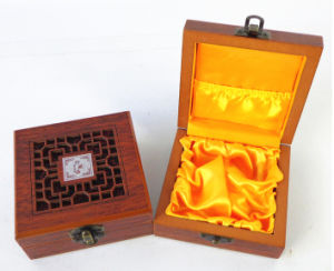 Hollow Wooden Packing Box for Aromatherapy Oils pictures & photos