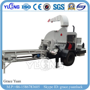 Ce Small Mobile Wood Chipper pictures & photos