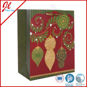 2015 Latest Christmas Promotional Carrrier Bags with Hot Stamping pictures & photos
