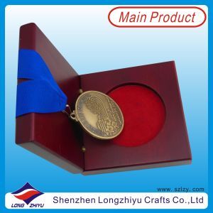 Antique Gold Medals and Trophies Medal Engraved Old Finishing Medal Just The Beginning Medal with Real Wood Medal Box (lzy0044) pictures & photos