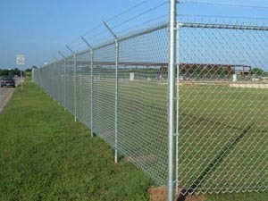 Superior Quality Stainless Steel Chain Link Fence pictures & photos