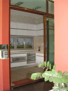 Automatic Aluminum Door in Red Color pictures & photos
