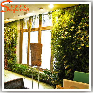 2015 Distinctive Design Artificial Green Grass Wall pictures & photos