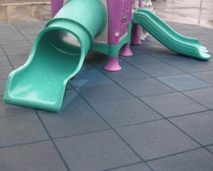 Gym Rubber Floor Mats/Outdoor Safety Rubber Floor Tiles /Gym Floor Mat/Sports Rubber Flooring pictures & photos