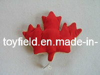Pet Toy Maple Leaf Plush Chew Bite Dog Toy pictures & photos