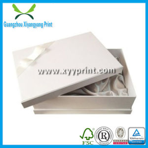 Custom Paper White Gift Box with Logo Print pictures & photos