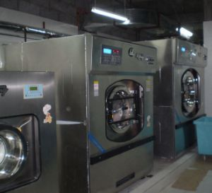 Energy-Saving Industrial Washing Equipment/Front Loading Washer (15~100kg) pictures & photos