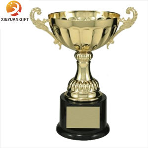 Gold Plating 3D Football Trophy for Souvenir pictures & photos