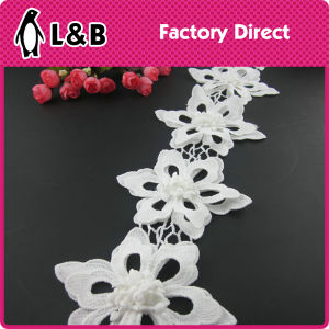 2016 Decorative White Poly White Flower Lace Trimming pictures & photos