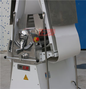 Kitchen Equipment Industrial Hot Sale Table Dough Sheeter (ZMK-520) pictures & photos