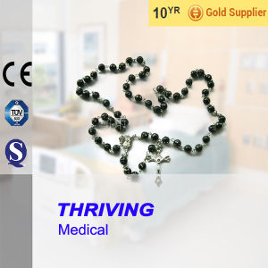 Thr-Ar009-Flower Acrylic Flower Bead Religious Cross Necklace pictures & photos