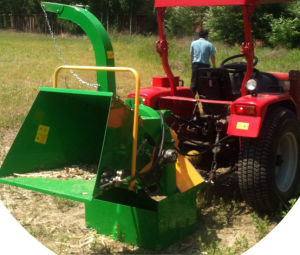 The Low Price for Tractor Wood Chipper pictures & photos