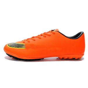 Orange Football Shoe Male pictures & photos