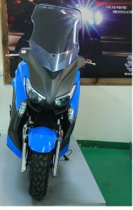 Electric Cruiser Scooter E-Motorcycle Motorbikes 72V 50ah 5000W (HD5000-2C) pictures & photos