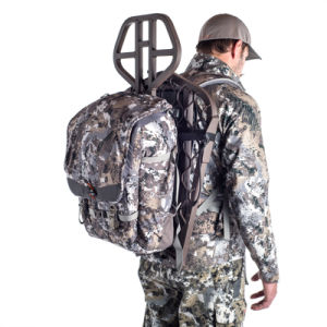 Most Popular Large Capacity and Lightweight Treestand Carrying Waterproof Camo Hunting Backpack pictures & photos