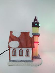 2017 Handmade Resin Christmas LED House for Decoration pictures & photos