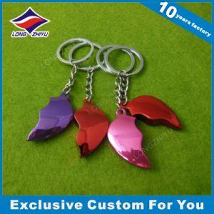High Quality Mini Metal Key Chains Heart Shapre Souvenir Keychain pictures & photos