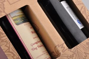OEM Exquisite Red Wine Corrugated Kraft Paper Box/ Wine Packaging Box pictures & photos