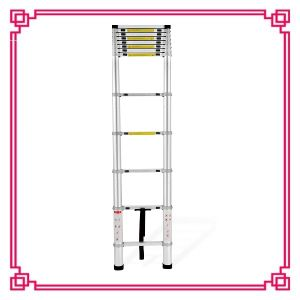 4.4m Telescopic Folding Roof Ladders pictures & photos