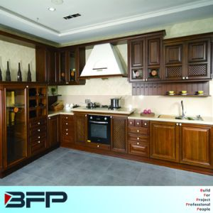 Popular in American Market Solid Wood Kitchen Cabinets with Cellarette pictures & photos