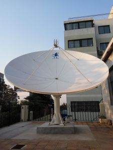 4.3m Satellite Earth Station Rx Only Antenna pictures & photos