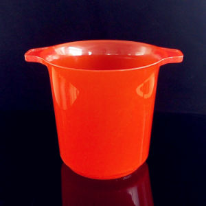 Plastic Beer Champagne Wine Cooler Ice Bucket with Handle pictures & photos