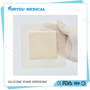 Foryou Medical 2016 FDA Approved Waterproof Wound Healing Pad Absorbs Wound Fluid Diabetic Foot Ulcer Silicone Foam Dressing pictures & photos