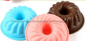 100% Food Grade Silicone Mould for Cake, Muffin, Pudding, Jelly and Soap Sc02 pictures & photos