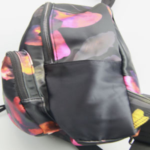 Girls Fashion Flowr Printed Backpack Nylon Backpack pictures & photos