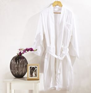 Promotional Hotel Waffle Bathrobe / Pajama / Nightwear pictures & photos