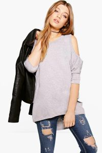 Women′s Cold Shoulder Oversized T-Shirt pictures & photos
