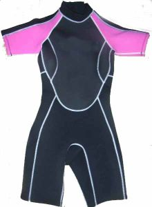 Women Short Sleeve Neoprene Wetsuit Diving Suit pictures & photos