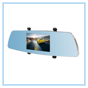 Two Camera Lens 5.0 Inch Touch Screen Night Vision Car DVR pictures & photos