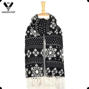 Fashion Snowflake Pattern Printed Scarf with Fringes pictures & photos