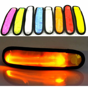OEM 200 Hour LED Reflective Flashing Cycling Bracelet for Promotion pictures & photos