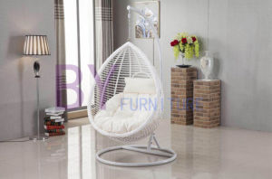 Comfortable Outdoor Rattan Swing Egg Chair pictures & photos