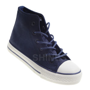 Boy′s High Top Walking Street Vulcanized Shoe pictures & photos
