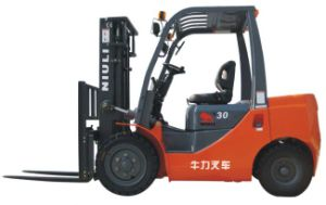 3.0t LPG/Gasoline Forklift Truck with Japan Engine pictures & photos