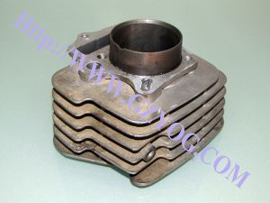 Yog Motorcycle Engine Spare Parts Cylinder Biz 135 pictures & photos