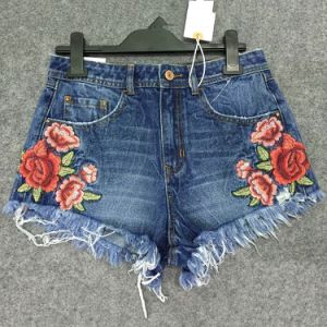 Sp17 & Summer 2017 Fashion Lady′s Embroidery Short Denim Jean Shorts