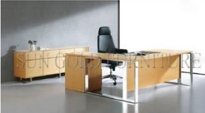 New Fashion Light Color Elegant Office Desk (SZ-OD487) pictures & photos