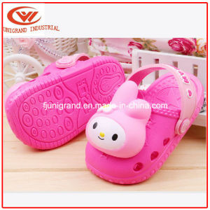 Newest Design EVA Garden Shoes Fashion Clogs for Children pictures & photos