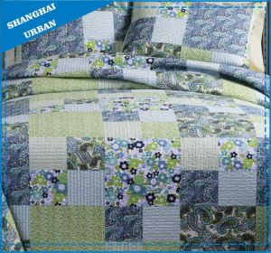 Spring Time Floral Printed Polyester Patchwork Quilt pictures & photos