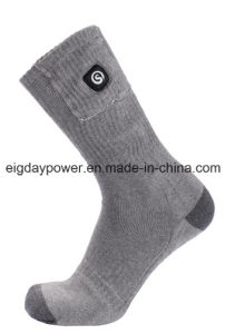 Interlligent Three Level Rechargeable Battery Heated Socks for Outdoor Sporting Winter Use Unisex pictures & photos