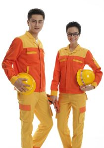 Fire Retardant Coverall and Work Uniform pictures & photos