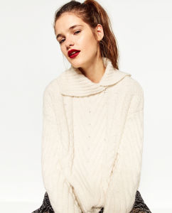 Women Cable Knitting Sweater pictures & photos