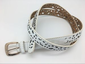 Women′s Fashion PU Belt with Cut out Design, White