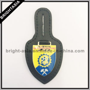 Genuine Leather Badge Holder for Army Emblem (BYH-10028) pictures & photos